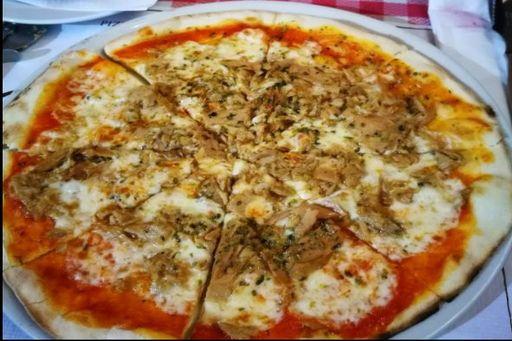 Pizza Nostrana